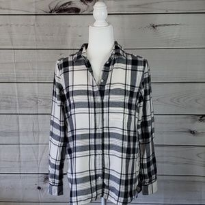 American Eagle • S shirt flannel boyfriend fit